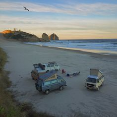 Tag people you would do this with Model: 1987 VW Westfalia Location: Oregon Winter 2014 Via Vanagon Life Best Picture For vanlife For Your Taste You are looking … Vw T3 Westfalia, Vw Minibus, Vw T3 Camper, Vw Bus, Volkswagen Golf, Vw Camping, Camping Trailers, Luxury Camping, Glamping