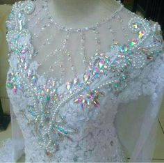 Cantik Kebaya Brokat, Kebaya Dress, Batik Kebaya, Batik Dress, Modern Kebaya, Kebaya Wedding, Bead Embroidery Tutorial, Michelle Obama Fashion, Dress Anak