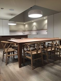 Interior Design   London Tailored Kitchen Carl Hansen CH24 Falegnameria  Spreafico Snc Lecco, Via Aspromonte