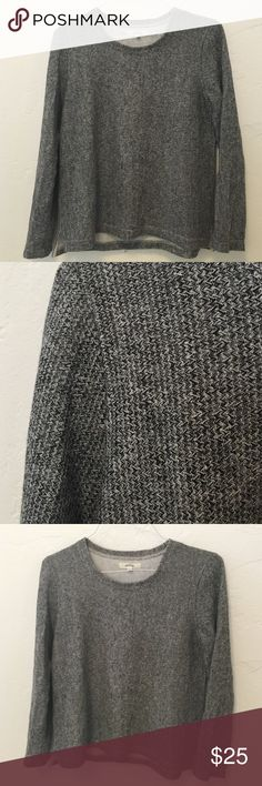 MADEWELL Heather Grey Peakstitch Pullover Sweater Easy crew neck pullover by Madewell. Light weight. Pretty Heathered grey (see detail). Worn once. Size Medium Madewell Sweaters Crew & Scoop Necks