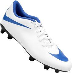 A Chuteira Nike Bravata II FG Campo Masculina é feita em material  sintético c45919cb43497
