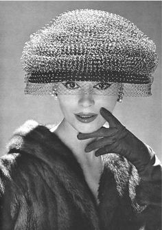 Glamour Women's Hat Styles in the 1950s
