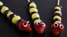 Näin teet makeat hedelmävartaat | Kodin Kuvalehti
