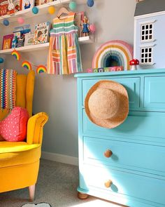 Gorgeous blue kid's chest of drawers