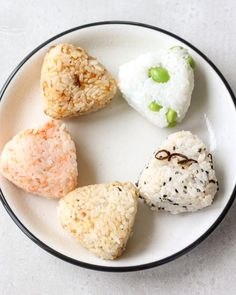 This is the most easy onigiri(rice balls) by just mixing your favorite ingredients in Japanese rice and shape. It's ok to make onigiri without nori, actually easier to eat for small children this way. #onigiri#riceballs#japanesefood#japaneserecipe#japaneserice Tasty Videos, Food Videos, Onigiri Rice Balls Recipe, Sushi Recipes, Cooking Recipes, Onigirazu, Japanese Rice, Good Food, Recipes