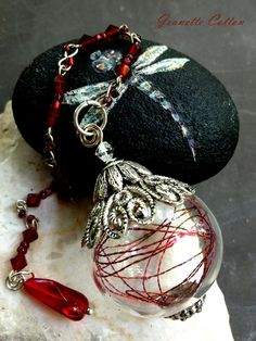 FAB Witch Ball/Pendant by LadysKnight Halloween Potion Bottles, Wiccan Crafts, Glass Paperweights, Jewelry Art, Jewellery, Wands, Crystal Pendulum, Handmade Jewelry, Jewelry Making