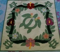 Hawaiian-Quilt-WALL-HANGING-100-hand-quilted-appliqued-handmade-BABY-BLANKET