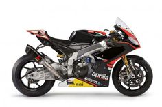 The other side of 2013 aprilia rsv4- note the evolution from 2012's rsv4. Irishman Eugene Laverty and Anglo/French Silvain Guintoli will ride for the Noale factory in 2013 World Superbike championship.