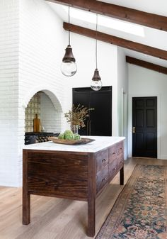 Amber Interiors Design Studio is a full-service interior design firm based in Los Angeles, California, founded by Amber Lewis. We serve clients worldwide with services ranging from interior design, interior architecture to furniture design. Decor, House Design, Interior, Interior Design Kitchen, Amber Interiors, Home Decor, Interior Design Blog, Interior Design, Kitchen Design