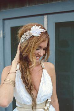 Photography: Veronica Lola Photography - veronicalolaphoto.com  Read More: http://www.stylemepretty.com/massachusetts-weddings/marthas-vineyard/2014/01/13/marthas-vineyard-wedding-at-the-duck-inn/ Boho Bridesmaid Hair, Bridesmaid Headband, Headpiece Wedding, Wedding Veils, Bridal Headpieces, Bridal Headbands, Boho Headband, Wedding Show, Wedding Looks