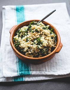 Delicious Kale-Quinoa Bowl In 20 Minutes