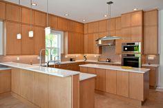 Dapur minimalis fungsional dengan ruang penyimpanan maksimum