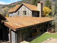 rusted metal roof and weathered siding -- Spaces Rustic Sunroom Design, Pictures, Remodel, Decor and Ideas - page 31 Rustic Sunroom, Diy Rustic Decor, Country Decor, Log Home Designs, Rustic Home Design, Rustic Homes, Rustic Exterior, Exterior Design, Garage Exterior