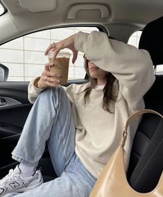 Basic Outfits, Simple Outfits, Cute Outfits, Aesthetic Fashion, Aesthetic Clothes, Winter Fits, Casual Winter Outfits, College Outfits, Outfit Goals