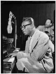 Nat King Cole and Oscar Moore, New York, N.Y., ca. July 1946 (Photograph by William P. Gottlieb)  Date	July 1946