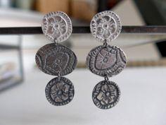 Pendientes 3 monedas Sue Plata de ley. por SueIbars en Etsy, €36.00 sueibars.blogspot.com