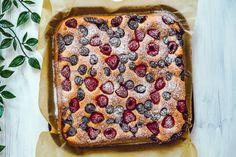 Prăjitură pufoasă super rapidă! Fără zahăr! - Secretele Ramonei Stevia, Food And Drink, Gluten, Diet, Banting, Diets, Per Diem, Food
