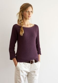 Sideways rib sweater that is knitted in one piece. The pattern offers many versions.