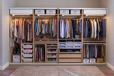 Guarda-roupas masculino. Será que existe um guarda-roupas perfeito? Voltamos a pergunta para você pois é um assunto muito individual. #ikeabedroomideas