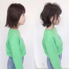 ✂︎ショート&ボブヘアカタログ/銀座美容室/鈴木司✂︎さんはInstagramを利用しています:「切りっぱなしボブからの→オーダー方法の解説🌈 . @short_tsukasa . ⭐️カットとパーマで#ビフォーアフター ⭐️ . 『Before⭐️』 ✓後頭部がストンとしてぜっぺきに見える ✓毛先にまとまりがなく広がってしまう ✓頭が四角く見える . 『After⭐️』…」 Short Hair Styles, Instagram, Bob Styles, Short Hair Cuts, Short Hairstyles, Short Hair Dos, Short Hairstyle, Short Hair, Short Shag Hairstyles