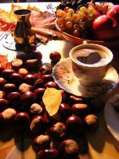 espresso w/autumn accents I Love Coffee, Coffee Art, Coffee Break, Coffee Club, Brown Coffee, Coffee Lovers, Coffee Quotes Funny, Cocoa Tea, Caffeine Addiction
