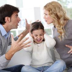Consecuencias del divorcio de los padres sobre los hijos. Conservar un matrimonio a veces es muy difícil, pero proteger a los hijos después de un divorcio puede ser aún más complicado.