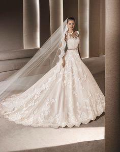 Roby - La Sposa at Bicester Bridal