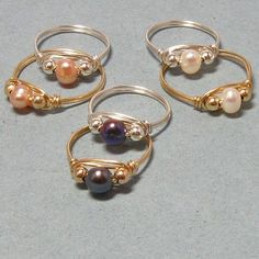 Free wire jewelry designs wire wrapped cultured pearl rings gemtwists jewelry on artfire Wire Jewelry Rings, Wire Jewelry Making, Wire Jewelry Designs, Beaded Rings, Wire Wrapped Jewelry, Jewelry Crafts, Beaded Jewelry, Handmade Jewelry, Jewellery Box