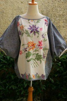 Blouse Batik, Batik Dress, Blouse Dress, Pakistani Dress Design, Pakistani Dresses, Fabulous Dresses, Beautiful Outfits, Redo Clothes, Batik Kebaya