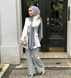 27 Ideas For Fashion Hijab Outfits Classy Modern Hijab Fashion, Suit Fashion, Muslim Fashion, Classy Fashion, Fashion 2020, Trendy Fashion, Modest Dresses, Modest Outfits, Classy Outfits