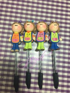 Teachers Day Gifts, Biscuit, Teachers' Day, Pasta Flexible, Craft Fairs, Polymer Clay, Pencil, Baby Shower, Crafts