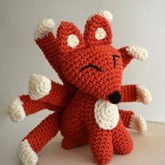 9 Tailed Fox amigurumi pattern by Ami Amour Make in yellow and black? For a cool Majora's Mask reference.
