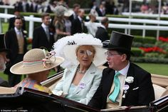 The Queen arrives for the second day of Royal Ascot #dailymail