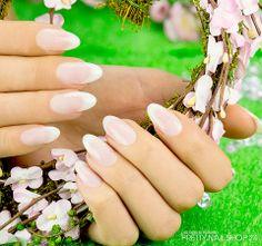 #nails #weddingnails #babyboomer #french Der natürliche Look gefällt meiner Kollegin Sina sehr. Dieses edle Design eignet sich auch hervorragend für eine Hochzeits-Modellage. Lasst Euch von Sinas Nägeln inspirieren! Eure Janne