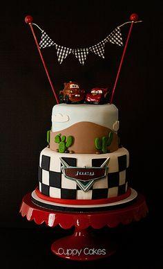 Vroom! Disney Pixar Cars Cake   por **JanetSumner**