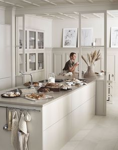 Boho Kitchen Decor The Most Beautiful Beige Kitchen - NordicDesign. Boho Kitchen Decor The Most Beautiful Beige Kitchen - NordicDesign Beige Kitchen, New Kitchen, Kitchen Ideas, Kitchen Sinks, Swedish Kitchen, Nordic Kitchen, Kitchen Fixtures, Kitchen Cabinetry, Kitchen Islands