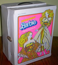 1980 Large Golden Dreams Vinyl Barbie Case