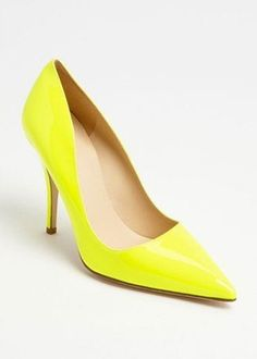 Another one for all of you tanned ladies out there... Bright yellow, golden skin? Indeed!!!