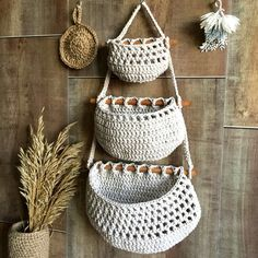 Hanging Fruit Baskets, Baskets On Wall, Crochet Cushions, Rope Basket, Boho Accessories, Macrame Design, Crochet Slippers, Nature Decor, Crochet Projects