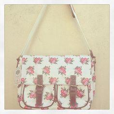 White floral saddle bag www.facebook.com/ihearthomes