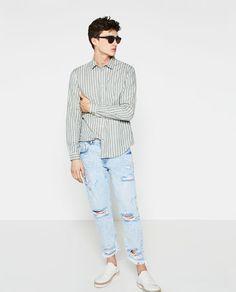 Not those jeans, but love this shirt. ZARA - MAN - MELANGE T-SHIRT