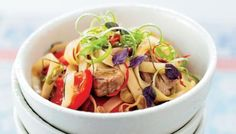Pork with red pepper and noodles