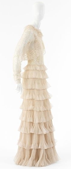 HOUSE OF CHANEL Silk Evening Dress - 1936  (founded in 1913)  Design by Gabrielle 'Coco' Chanel 1883-1971