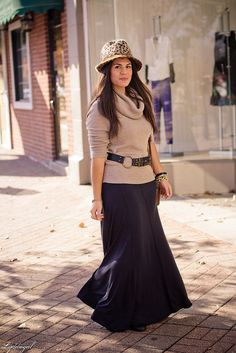 Wide belt slung over cowl neck sweater with fitted waist and long maxi skirt. Looks so cozy!
