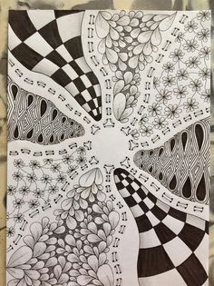 I really REALLY like this tange for some reason! #zentangle #love #zentangles