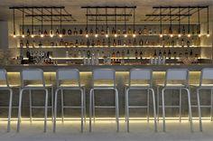 Projeto de restaurante tem móveis de concreto | arktalk