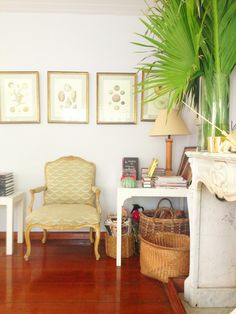 The colors in India's living room were soft yet vibrant at the same time. I loved all of the natural elements. @HSN