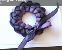 Ribbon weaving tutorial (short video) - this looks SO easy, and can produce a wreath or braided bar shape - a couple of ideas for decorating with these at the end - will definitely try this! wreath (with wide ribbon), pin, Christmas ornament, hair decoration, etc. - tut by MayArts - #ribbon #crafts - tå√