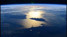 Depuis la Station spatiale internationale (ISS), l'astronaute américain de la NASATerry Virtspublie sur son compte twitter des photos aussi étonnantes que magnifiques de la Terre, parmi lesquelles de très belles vues de la Corse.