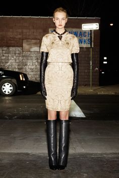 http://www.style.com/fashionshows/complete/slideshow/2012PF-GIVENCHY/#34